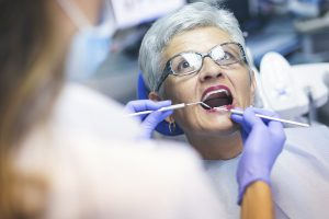 Senior at dentist